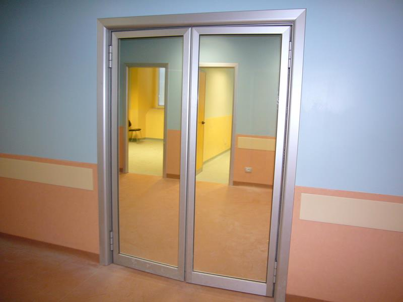 Porte interne in alluminio o m c m infissi roma - Porte a roma ...
